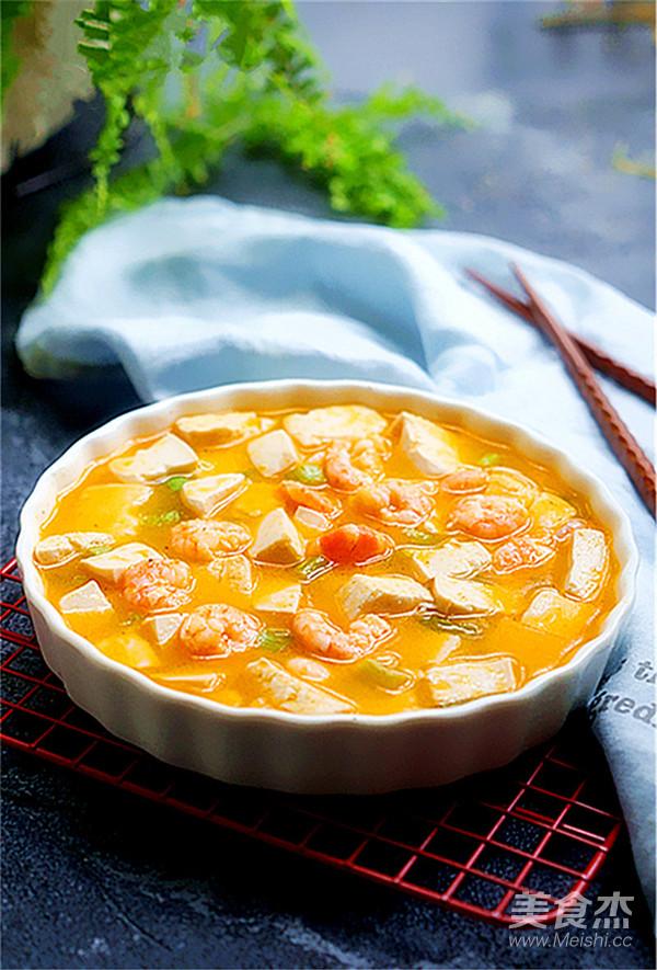 咸蛋黄虾仁豆腐成品图