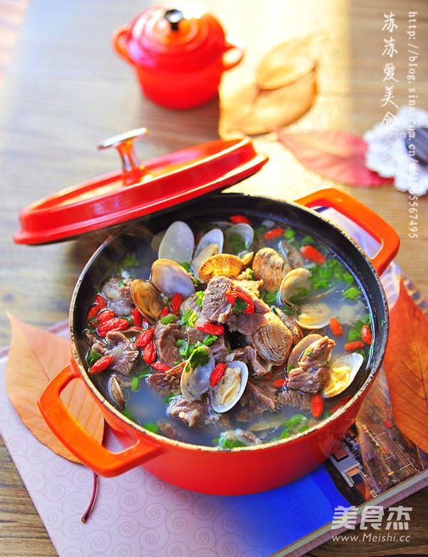 花蛤炖羊肉汤成品图
