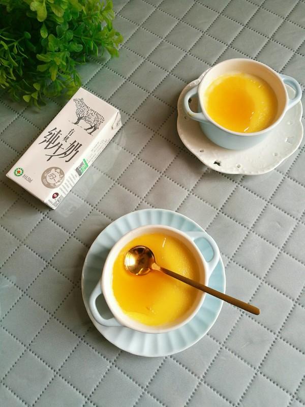 焦糖蛋奶布丁成品图