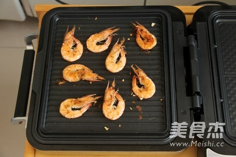 香烤对虾怎么吃