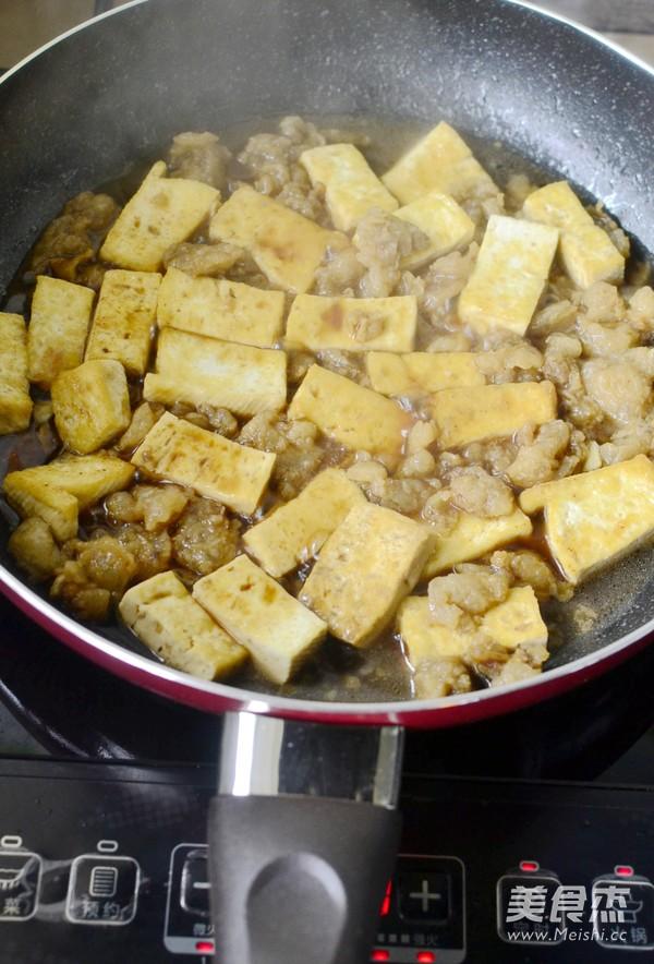 猪油渣烧豆腐怎么炒