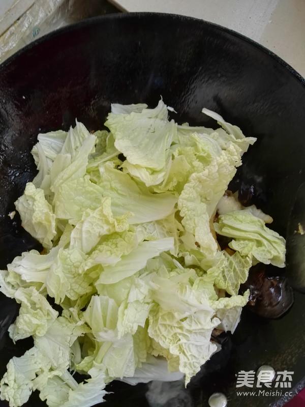 五花肉炒白菜怎么炒