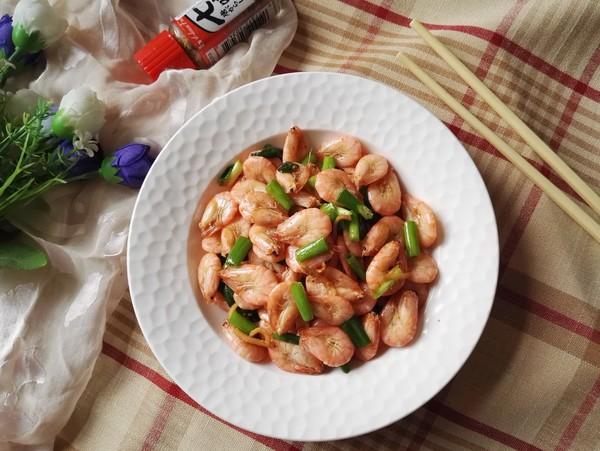 香炒河虾成品图