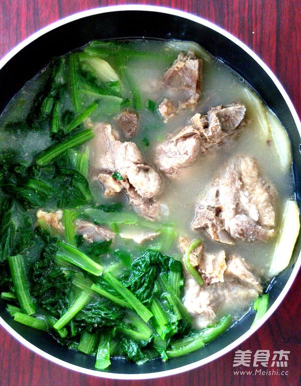 小白菜猪骨浓汤怎么炒
