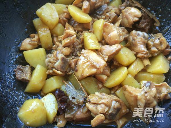 家常土豆焖鸡块怎么煮