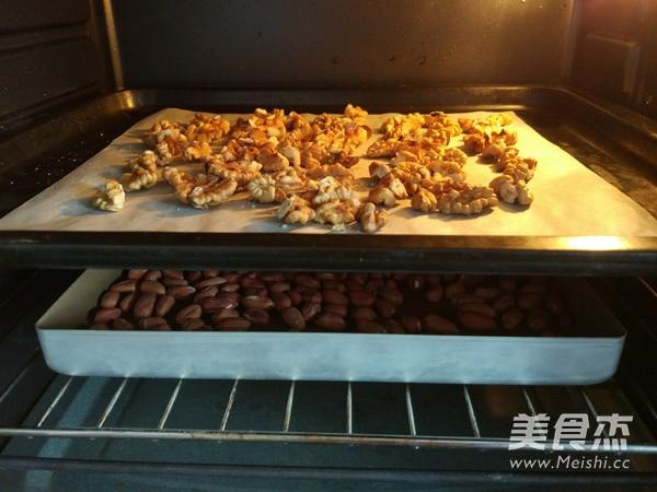 烤花生米的做法图解