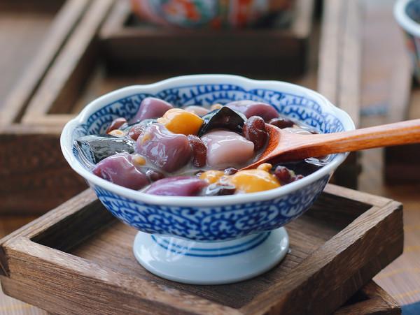 红豆芋圆烧仙草成品图