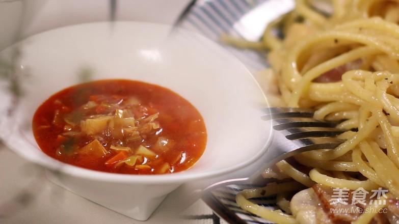 意大利蔬菜汤成品图