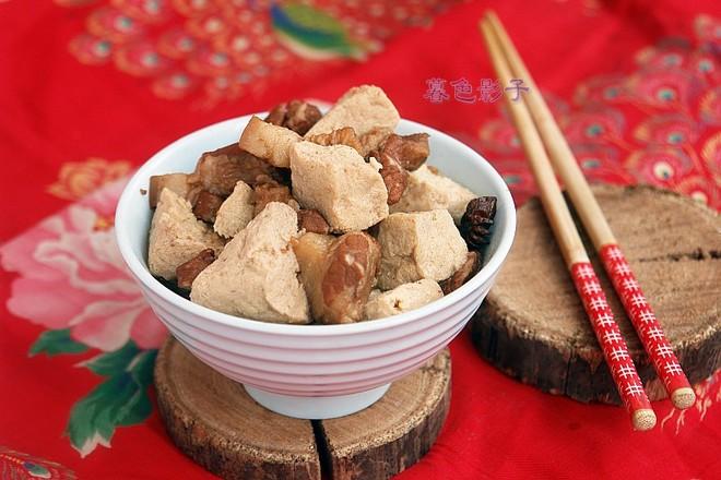 冻豆腐炖肉成品图
