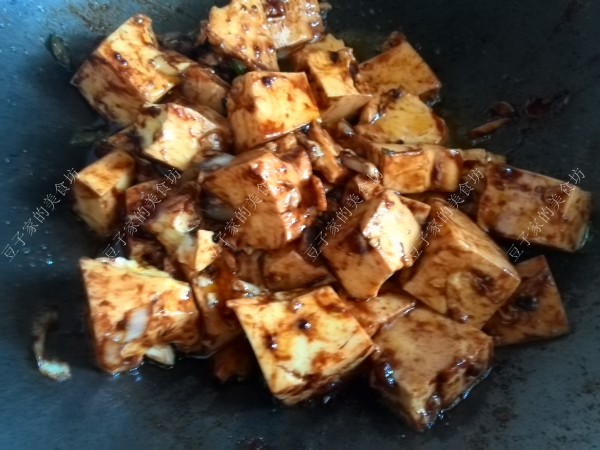 黄酱炒豆腐的简单做法