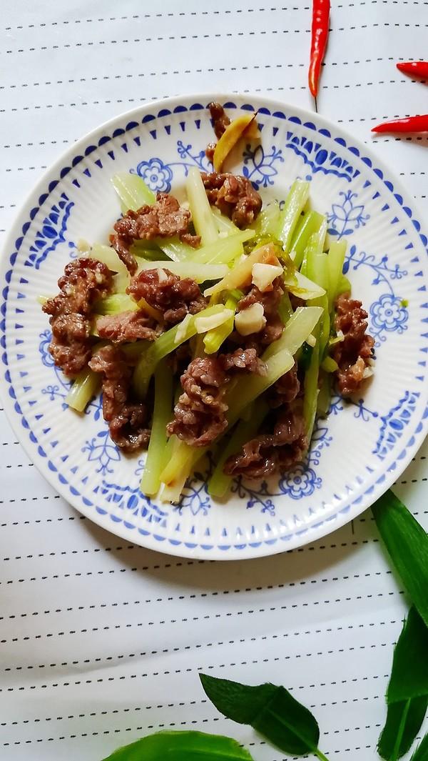 西芹炒牛肉成品图