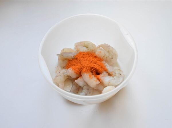 新奥尔良虾仁韭菜的做法图解
