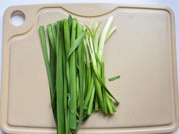 新奥尔良虾仁韭菜的家常做法