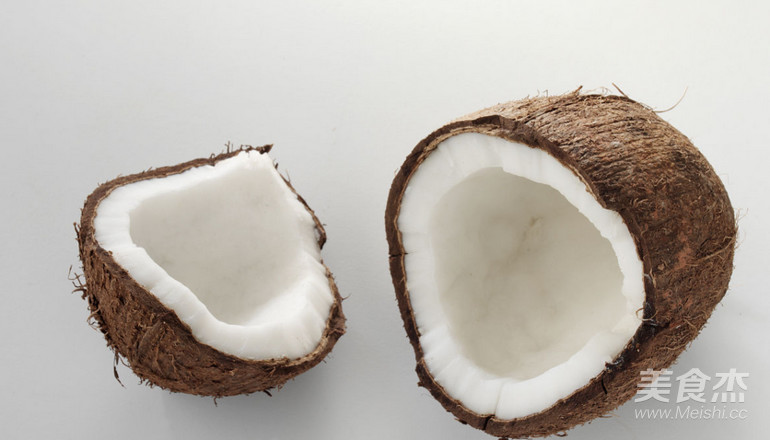 简单快手开椰子成品图