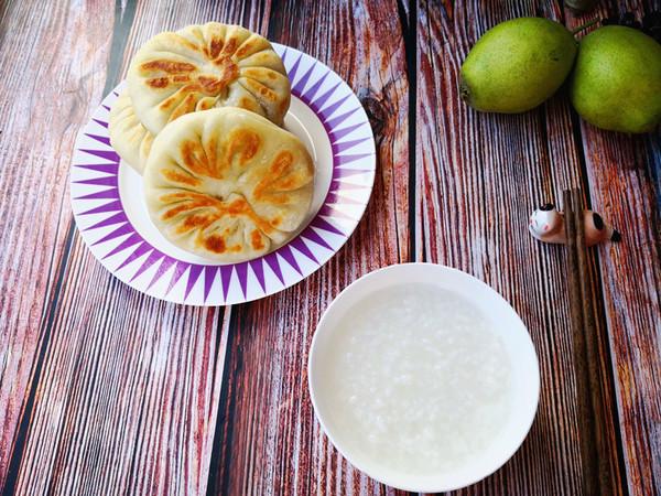 百财福饼——白菜馅饼成品图