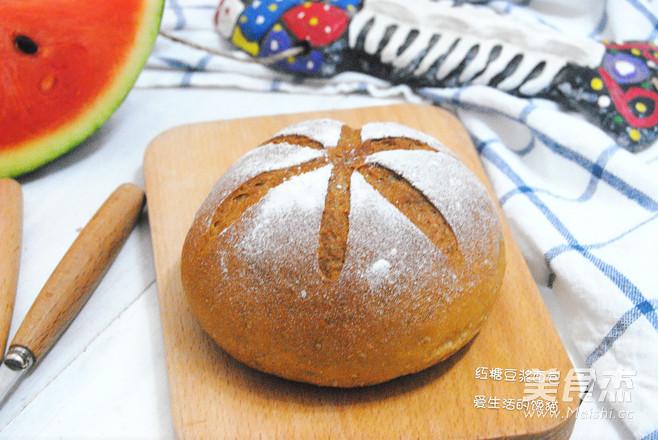 红糖豆浆面包成品图