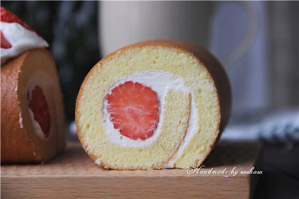 草莓小四卷成品图