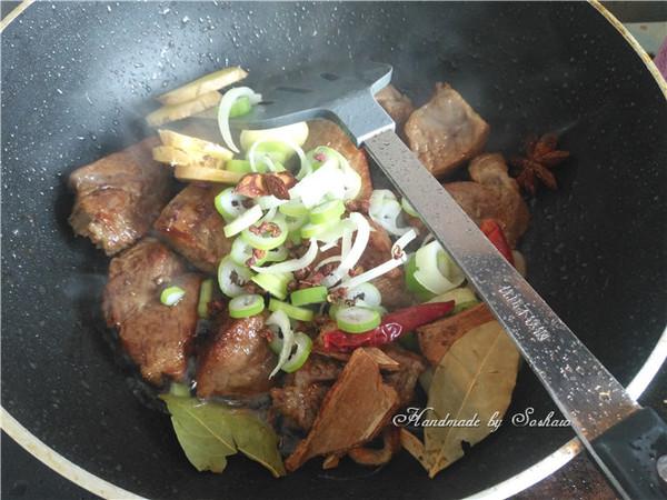 红烧牛腩怎么煮