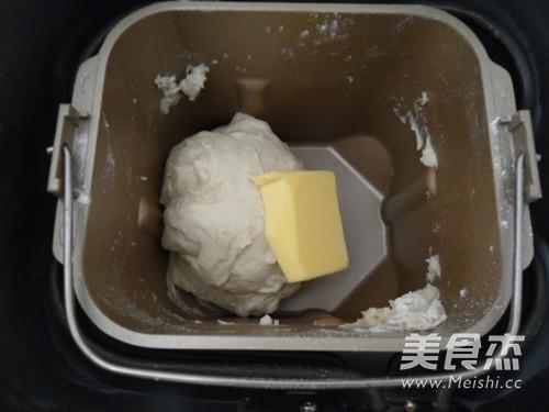 毛毛虫面包的做法图解