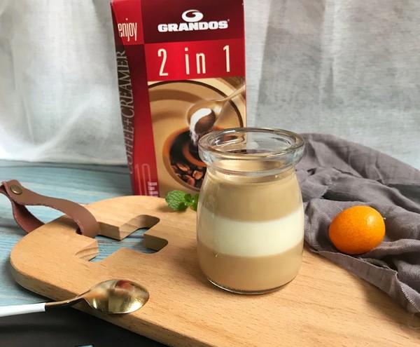 双色咖啡奶冻成品图