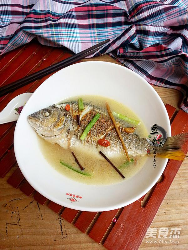 调理黄翅鱼汤成品图
