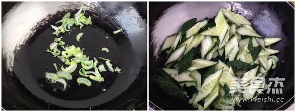 黄瓜炒鸡蛋怎么吃