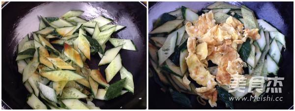 黄瓜炒鸡蛋怎么做
