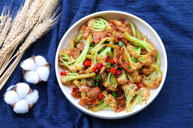 好吃的干锅花菜成品图