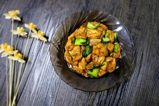 家常菜炒油豆腐成品图