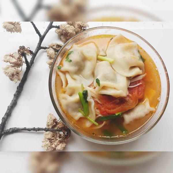 番茄菌菇风味汤饺成品图