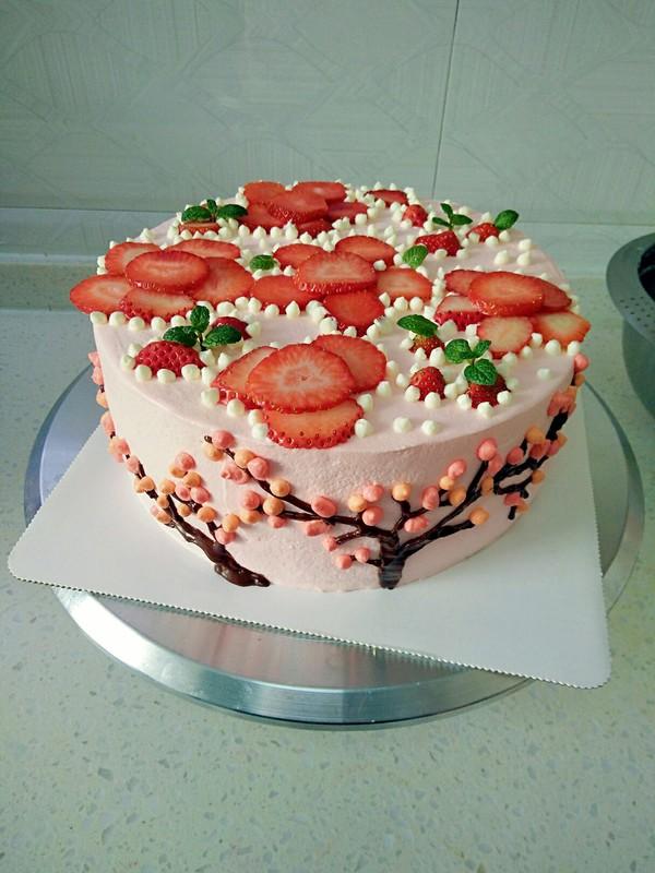 草莓花奶油蛋糕的做法大全