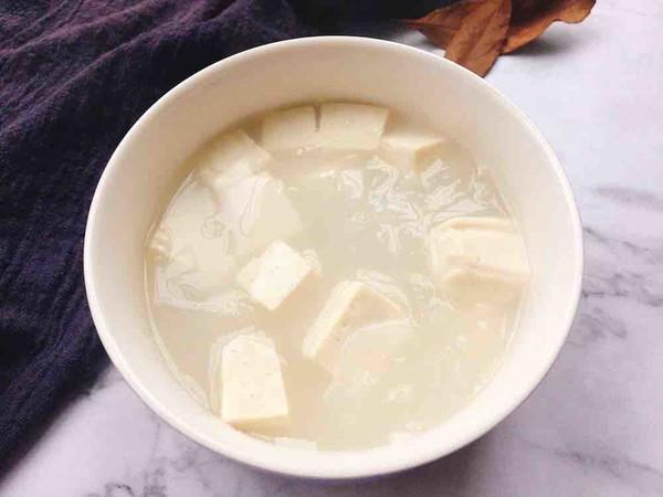 萝卜豆腐汤成品图