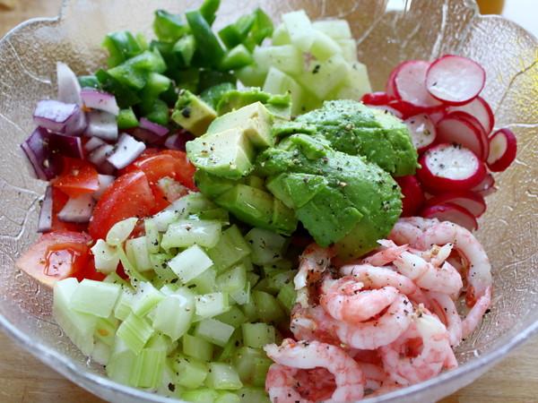 鳄梨北极甜虾沙拉怎么吃