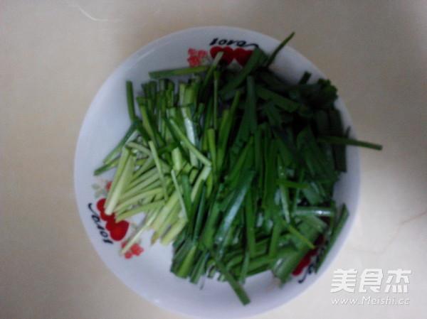 绿豆芽炒韭菜的做法图解