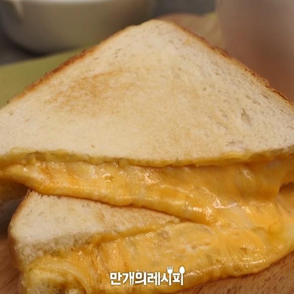 芝士奶酪吐司成品图