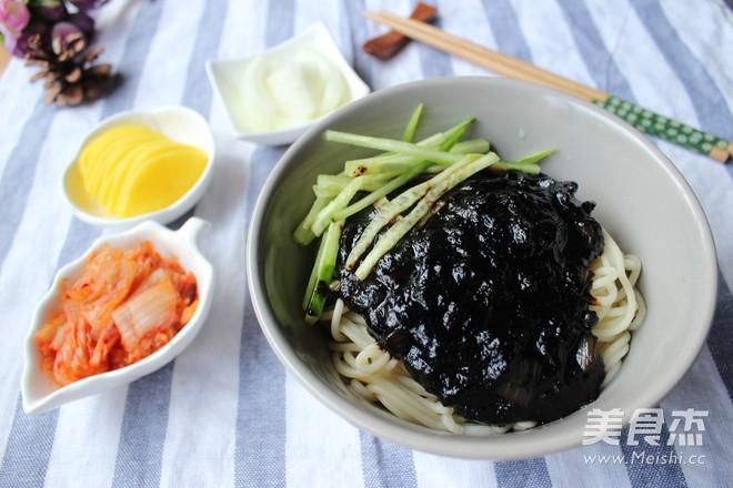 韩式炸酱面怎样做