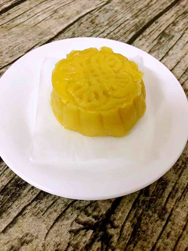 南瓜月饼成品图