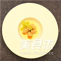龙蒿风味海螯虾成品图