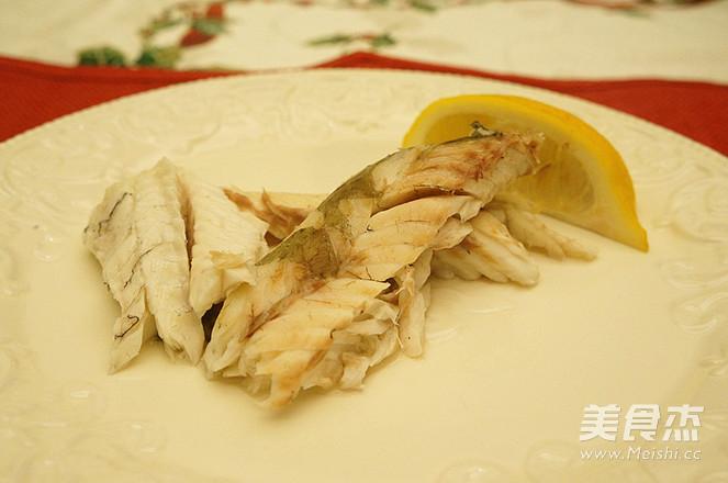盐焗海鲈鱼成品图