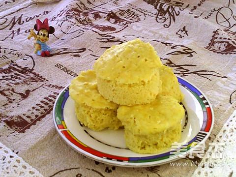 鲜玉米蒸糕成品图