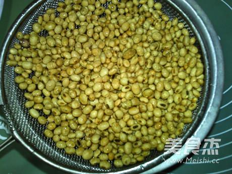菊花枸杞熟豆豆浆的做法图解