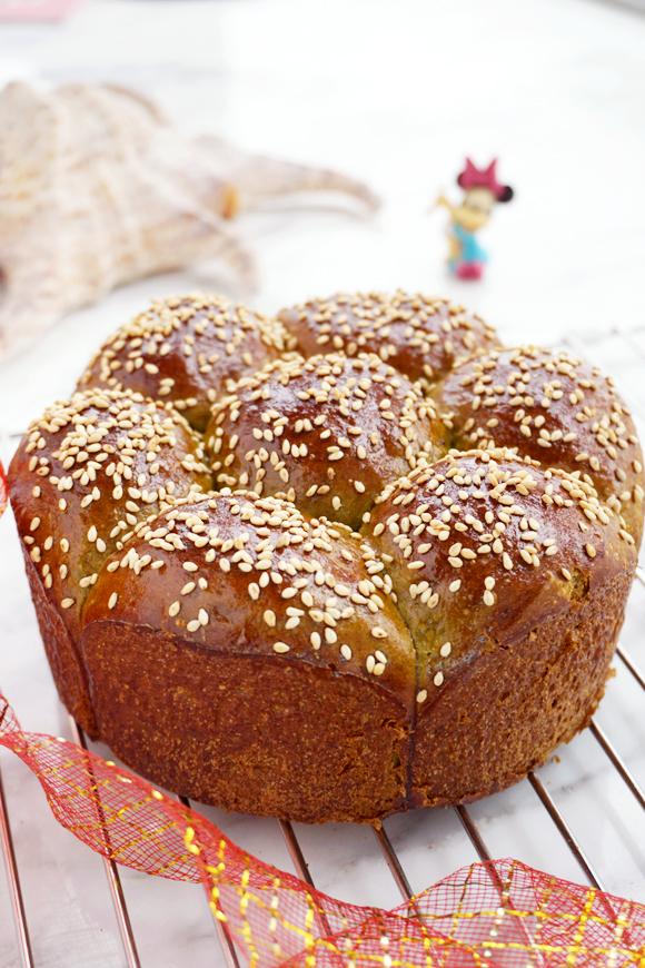 青翠茼蒿面包#美的电烤箱#成品图