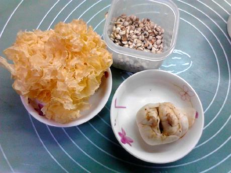 百合薏米银耳汤的做法大全