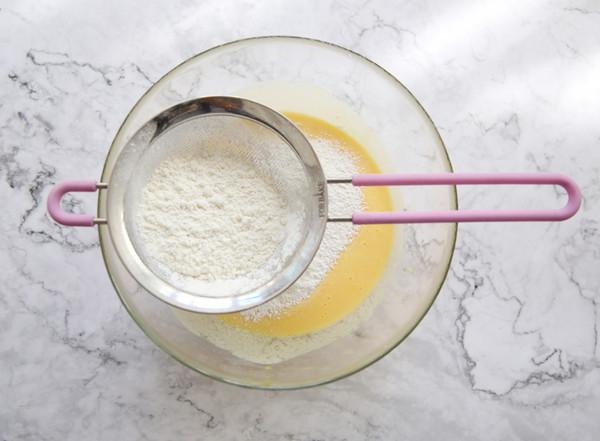 酸奶蛋糕的简单做法