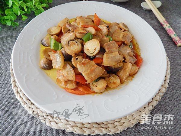 草菇炒肉片成品图