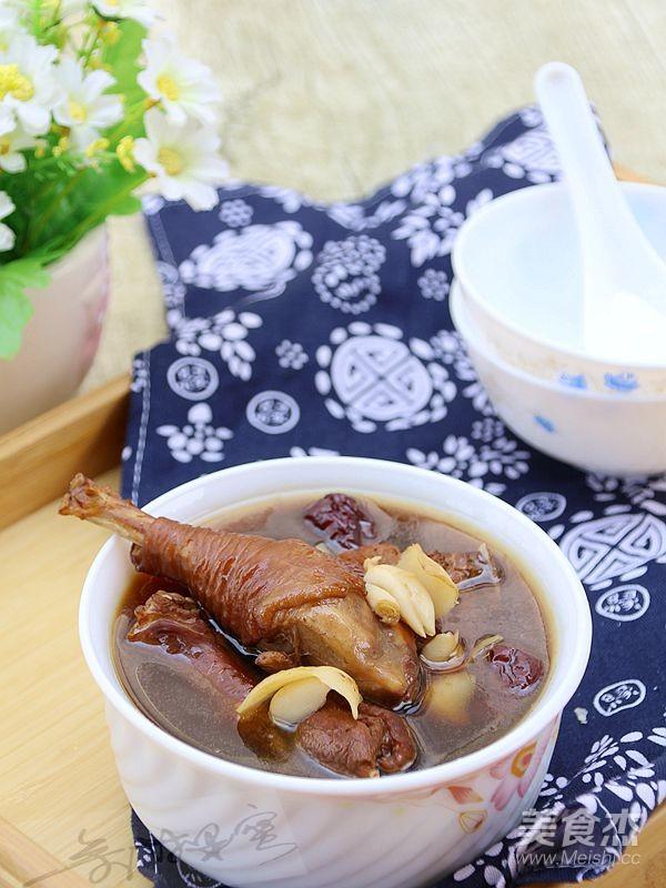 罗汉果百合鸡汤成品图