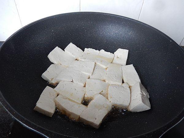 辣椒焖豆腐的简单做法