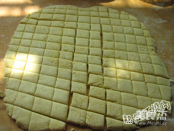 玉米面炒疙瘩的家常做法