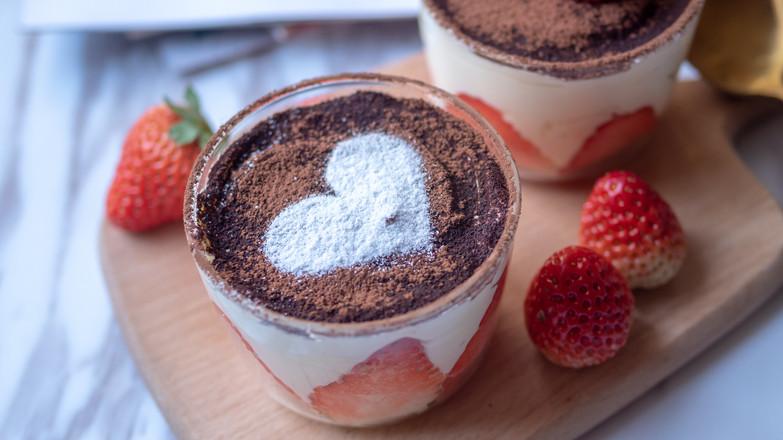 草莓提拉米苏【初味日记】成品图