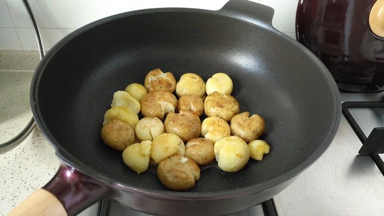香煎小土豆#夜宵#的简单做法